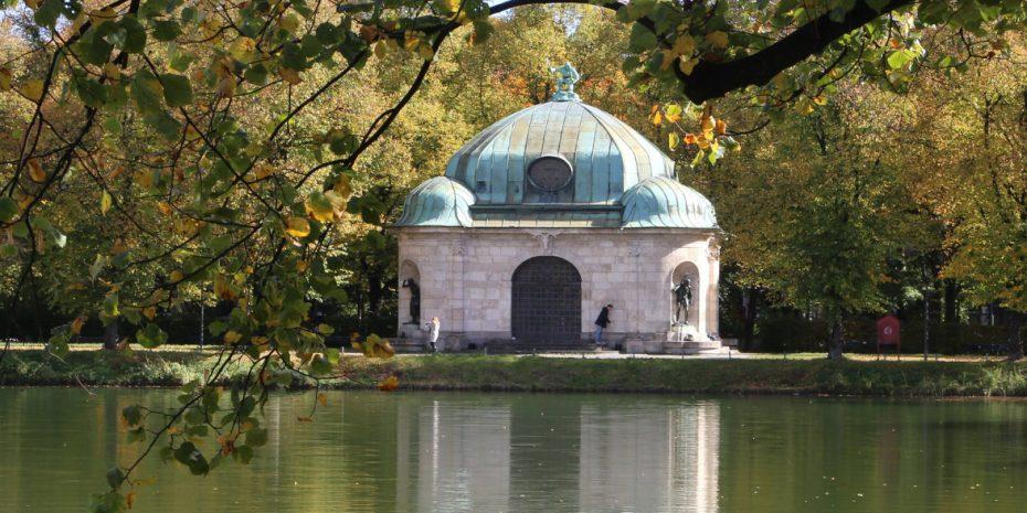 Hubertus Brunnen München (c) Rufus46